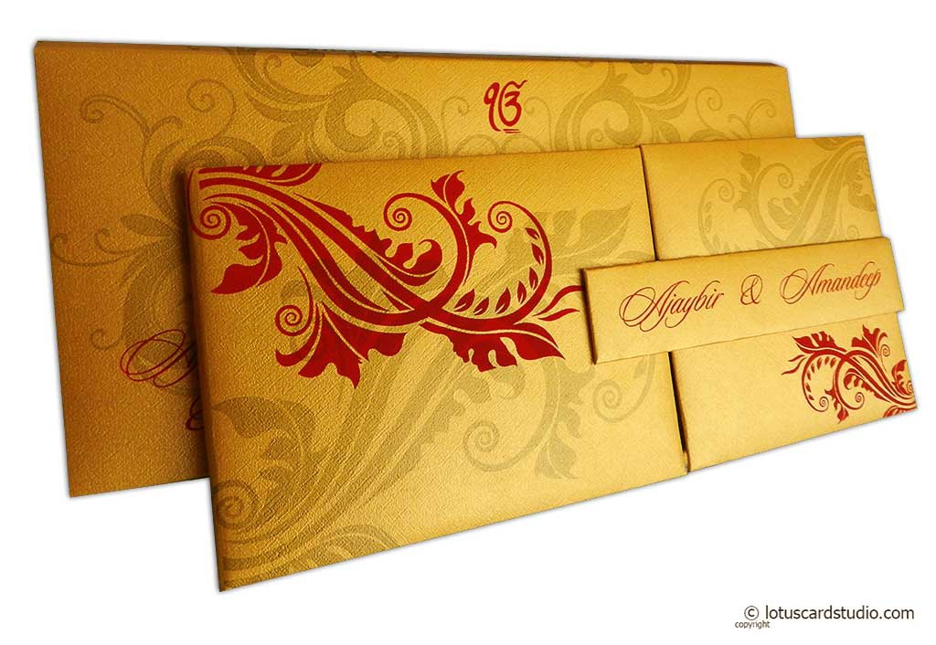 Golden magnet dazzling wedding invitation card with red florals golden magnet dazzling wedding invitation card with red florals wc153 stopboris Gallery